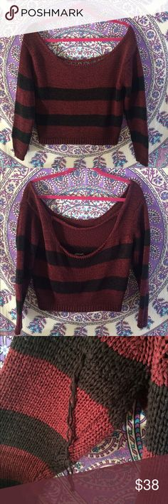Limited Edition Brandy Melville Cutout Sweater Cute limited edition Brandy Melville off the shoulder sweater. Perfect for Fall. Selling because it falls off my shoulders too much-maybe better suited for someone with broader shoulders. Has one snag on the back of the left arm but it can be cut or tied to be made invisible! Brandy Melville Sweaters Crew & Scoop Necks