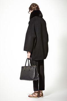 2013 Lookbook vol.11 Diana Vreeland vol.1 | Deuxieme Classe Diana Vreeland, Fashion Styles, Women's Fashion, Oversized Coat, Business Attire, Dress Code, Autumn Winter Fashion, Silhouettes, Style Icons
