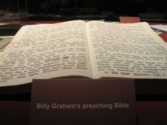 Billy Grahams Preaching Bible