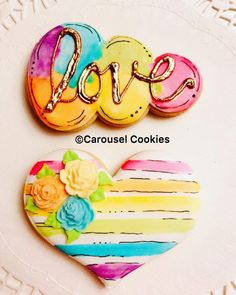 39 Ideas For Cupcakes Decoration Love Valentines Day Royal Icing Valentines Day Cookies, Love Valentines, Fancy Cookies, Iced Cookies, Cute Cookies, Flower Cookies, Heart Cookies, Sugar Cookie Royal Icing, Rainbow Sugar Cookies