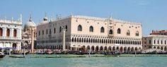 Venezia ,  Palazzo Ducale visto dal Canal Grande