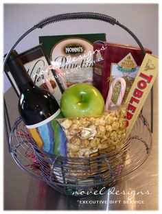 custom holiday client appreciation gift baskets created by novel designs executive gift service of las