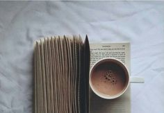 #book #read #reading #coffee #hotchocolate #autumn | We heart it