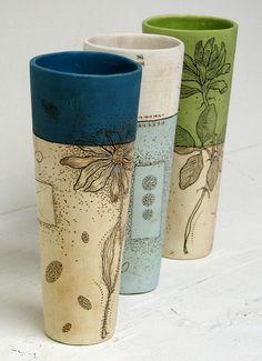 Diana Fayt  Cylinder Vases. Botanique, deux couleurs en un tiers deux tiers.