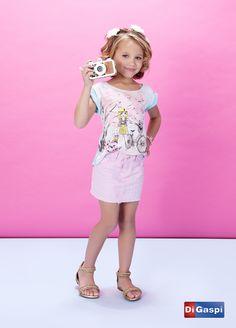 Kids Collection 2015 | Children's day | prints | estampas| t-shirt | saia | pink skirt | rasteirinha | girls sandals