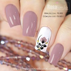 Rosa vieja, blanco, negro y amarillo Stylish Nails, Trendy Nails, Perfect Nails, Gorgeous Nails, Nagel Gel, Flower Nails, Spring Nails, Summer Nails, Christmas Nails