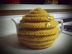 Beehive Teapot Cozy by redxmasqueen on Etsy