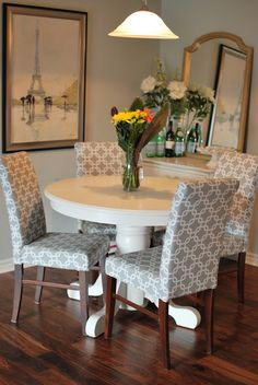 Popular Cover Design Ideas For Dining Chairs. Here are the Cover Design Ideas For Dining Chairs. This post about Cover Design Ideas For Dining Chairs was posted Chair Makeover, Furniture Makeover, Diy Furniture, Kitchen Table Chairs, Table And Chairs, Dining Table, Dining Sets, Round Dining, Chair Upholstery