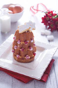 Alberelli di pandoro con crema pasticcera e ribes #Giallozafferano #recipe #Natale #pandoro #alberodinatale #christmas #xmas