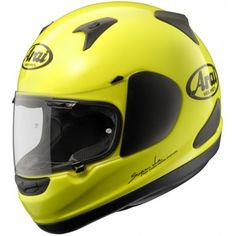 The Arai Quantum ST has been released on the market for those who are looking for a Sports Touring Arai Lid. The most siginificant development Arai have made from the original Quantum Helmet is the amount of space around the chin area for those wanting more confort during longer distance riding.