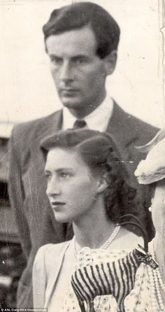 rincess Margaret With Group Captain Peter Townsend At Shashi Railway Station Bechuanaland During The Royal Visit To South Africa In 1947