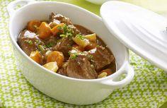 Stoofvlees met frietjes en witlofsalade