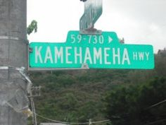 """Navigating Hawaii - """"Ok, so we need one with three W's and two A's and and """"eaha'a' at the end"""""""