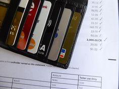 mir kann keiner der Banken beweisen das sie zu wenig Profite machen sie wollen einfach nur Profit Maximierung auf Kosten der Kunden machen http://www.chip.de/news/Viele-Girokonten-nicht-mehr-kostenlos-Nur-25-sind-noch-gratis_106843985.html?utm_medium=social&utm_source=facebook&utm_campaign=main&utm_content=facebook&utm_term=2017-01-05-11-57