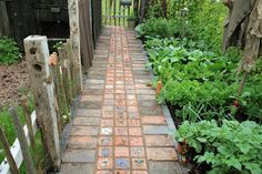 I managed to drag myself away from Tumbledown Farm for a few hours this week to take a peek at the Malvern Spring Show . As usual, despite. The Green Garden, Garden Paths, Garden Landscaping, Landscaping Ideas, Paver Path, Brick Pathway, Garden Tiles, Path Ideas, Walkway Ideas