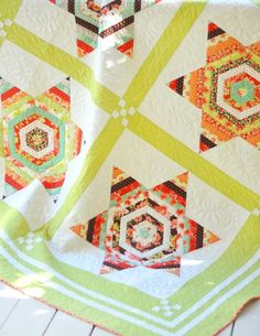 Navajo Stars Quilt Pattern Fig Tree & Co FTQ by PinkDoorFabrics  Love this pattern. I think it would be a good hand sewing project!