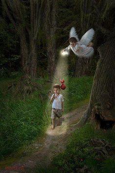 """""""Ela acreditava em anjos. E, porque acreditava, eles existiam."""""""