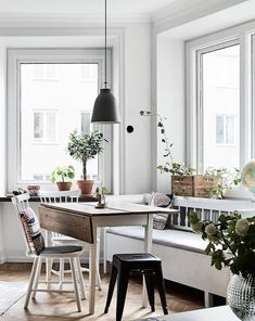 Simple Style | Apartment In Gothenburg - DustJacket Attic