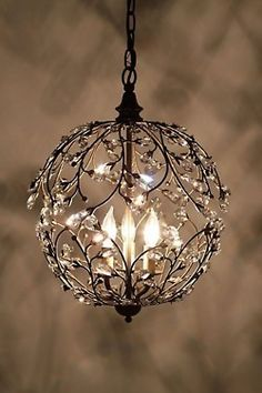 Gorgeous chandelier!