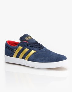Adidas have taken one of their most popular shoes and given it a vulcanised tweak to suit those of us who demand a bit more flex. The Adidas Silas Vulc ADV Skate Shoes come in a nice shade of collegiate navy with gold metallic branding and have been designed, tested and approved by the ripper Silas Baxter-Neal himself, with a custom tongue SBN logo and a vibrant scarlet inner lining.Featuring a leather and synthetic upper, a gusseted tongue, perforated toe and heel areas, a PU moulded…