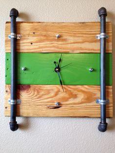 Reclaimed Pallet Wood Clock by decorevive on Etsy, $65.00