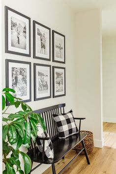 Gallery Wall Layout, Gallery Wall Frames, Frames On Wall, Gallery Walls, Living Room Gallery Wall, Wall Collage, Wall Art, Photo Wall Decor, Family Wall Decor