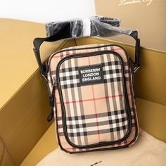 Burberry Vintage Check Crossbody Bag In Beige Burberry Outlet Online, Cheap Burberry, Lunch Box, Crossbody Bag, Beige, Check, Leather, Vintage, Bento Box