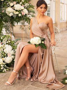 Petite Bridesmaids Dresses, Neutral Bridesmaid Dresses, One Shoulder Bridesmaid Dresses, Champagne Bridesmaid Dresses, Bridesmaid Duties, Wedding Bridesmaids, Champagne Quinceanera Dresses, Flattering Bridesmaid Dresses, Wedding Colors