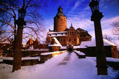 Poland, Czocha Castle (Tzschocha) hotel in winter, Lesna, Lower Silesia. The Places Youll Go, Places To See, Poland Travel, Central Europe, Eastern Europe, Lonely Planet, Hogwarts, To Go, World