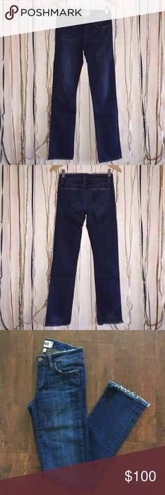 """PAIGE Kelsi - Darby Destructed size 26 jean. Authentic Paige jean - Kelsi is a straight-leg jean featuring a mid rise. This pair is finished with distressing along the front and back pockets, and waistline, for a perfectly lived-in feel. - 90%Cotton 6%Elastomultiester 6%Elasthanne - Waist: 27"""" Inseam: 29"""" Outseam: 38"""" Leg Opening: 6 1/2"""" Front Rise: 8 1/2"""" Hips: 15"""" Paige Jeans Jeans Straight Leg"""