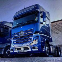Nákladní vůz Mercedes-Benz MP4 (truck Mercedes-Benz MP4)