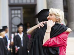 5 thoughtful ways to say goodbye to your graduating students!