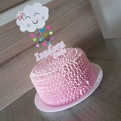 Mesversário Cake: check out 37 creative inspirations - Birthday FM : Home of Birtday Inspirations, Wishes, DIY, Music & Ideas Baby Shower Cakes, Baby Shower Favors, Shower Party, Baby Shower Parties, Baby Shower Themes, Baby Shower Decorations, Baby Sprinkle, Sprinkle Shower, 1st Birthday Parties