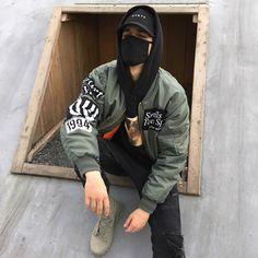 #fashionobsessed & #fashionspiration  i love the bomber jacket
