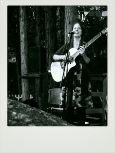 Angelic voice under the pines. #livemusic #idyllwild #funkybazaar