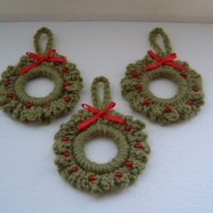 Crochet Christmas Stocking Pattern | CHRISTMAS WREATH PATTERNS TO CROCHET | FREE PATTERNS