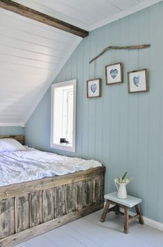 Awesome Idees Decoration Chambre Lambris Peints that you must know, You?re in good company if you?re looking for Idees Decoration Chambre Lambris Peints Attic Renovation, Attic Remodel, Home Bedroom, Master Bedroom, Bedroom Decor, Bedrooms, Bedroom Ideas, Attic Rooms, Attic Spaces