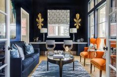 Dark colours in interiors are slowly becoming more generally accepted, with more people experimenting with dark hues on their walls. If you're ready to give...