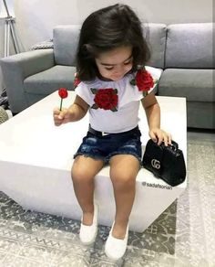 Cut outfit styleing little one Cute Little Girls Outfits, Little Girl Fashion, Toddler Girl Outfits, Toddler Girl Style, Boy Fashion, Fashion Ideas, Stylish Kids Fashion, Toddler Fashion, Stylish Children