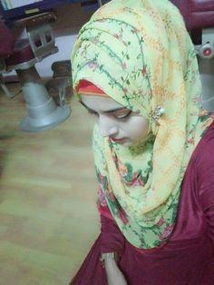 Beautiful Girl Photo, Beautiful Girl Indian, Beautiful Hijab, Pakistani Fashion Casual, Pakistani Girl, Hijabi Girl, Girl Hijab, Dps For Girls, Girls Phone Numbers