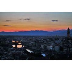 On instagram by alicepdr_ #landscape #contratahotel (o) http://ift.tt/1TYigEh(senza parole)  Firenze Maggio 2015 #firenze #florence #piazzalemichelangelo #sunset #gorgeous #wonder #wonderful #magic #place #panorama #view  #love #nofilter #gorgeous_sunsets #sky #skyporn #skyline #skylovers #city #italy #igersitalia #igersfirenze #igerstoscana #foto_italiane #fotografoitaliano #travel #vscocamphotos #igersoftheday #instadaily
