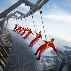 I want to do this! EdgeWalk CN Tower in Toronto!