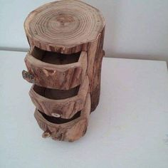 Different Ideas For Using Pieces Of Wood To Enhance Your Interior And Exterior Tree Designs, Cool Designs, Into The Woods, Garden Chairs, Table Furniture, Wood Carving, Woodworking Plans, Interior And Exterior, Wood Projects