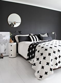 Black & White Bedroom....love!
