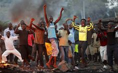 Crowds celebrate as Burundi army officer sacks president Today In Pictures, Cool Pictures, Baltimore Police, Riot Police, Pretty Boys, Crowd, Beautiful People, Presidents, Army
