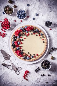 White chocolate tart with jam