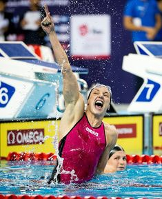 Katinka Hosszu Passes Martina Moracova For Most World Cup Victories Of All-Time Olympic Swimmers, Olympic Sports, Female Swimmers, Female Athletes, Cycling Art, Cycling Quotes, Cycling Jerseys, Swimming Pictures, Swimming Motivation