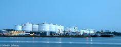 Industrie aan het Noordzeekanaal #Amsterdam #Zaandam #Noordzeekanaal #Fotografie #HDR