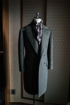 Olive green polo coat by B&TAILOR