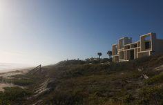 Folies modernistes en Floride / Loin de Miami et de ses quartiers Art déco, Jacksonville a été une terre promise pour quelques architectes inspirés, à l'origine d'une étonnante série de villas sur la plage, face à l'océan.